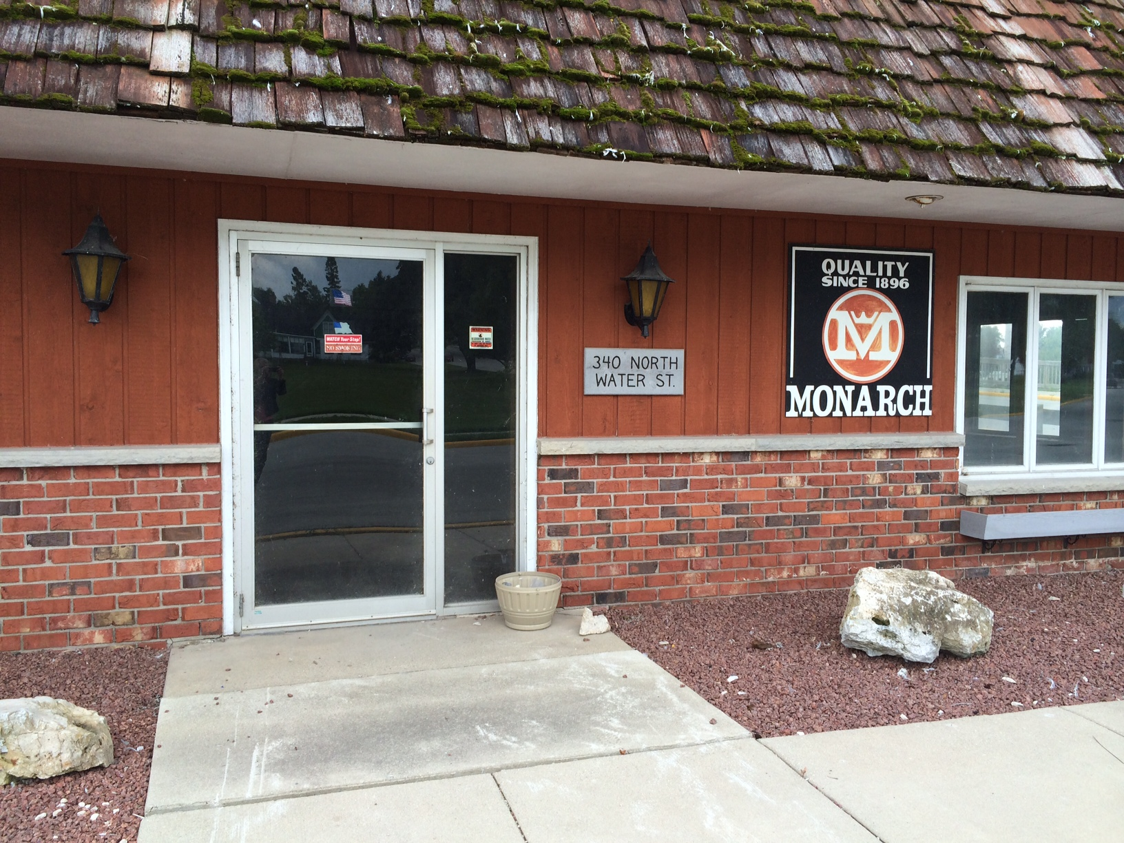 Newly Renovated Manufacturing Space For Lease in Algoma